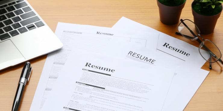 Conseils pour rédiger votre premier CV