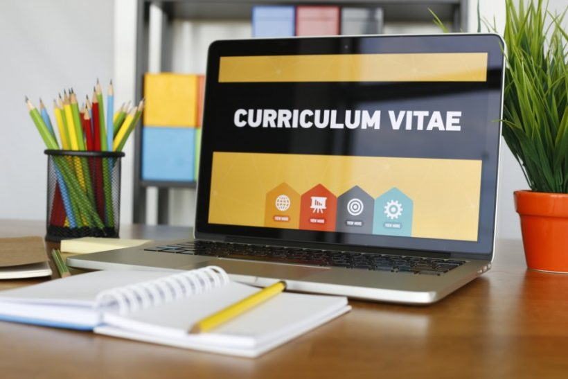 Akademisk CV (CV) Exempel och skriver tips