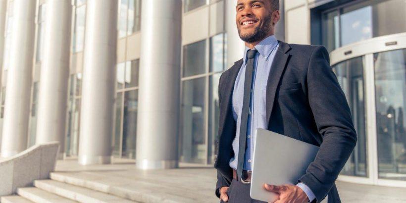 Convertirse en un Paralegal – Necesidad de habilidades que usted tenga éxito como paralegal