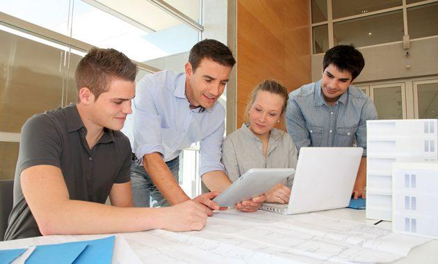 Sommerjobb eller Internship -Hva er best for studenter?
