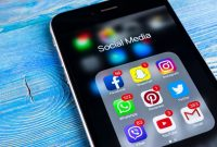 Tips on Using Social Media for Career Building